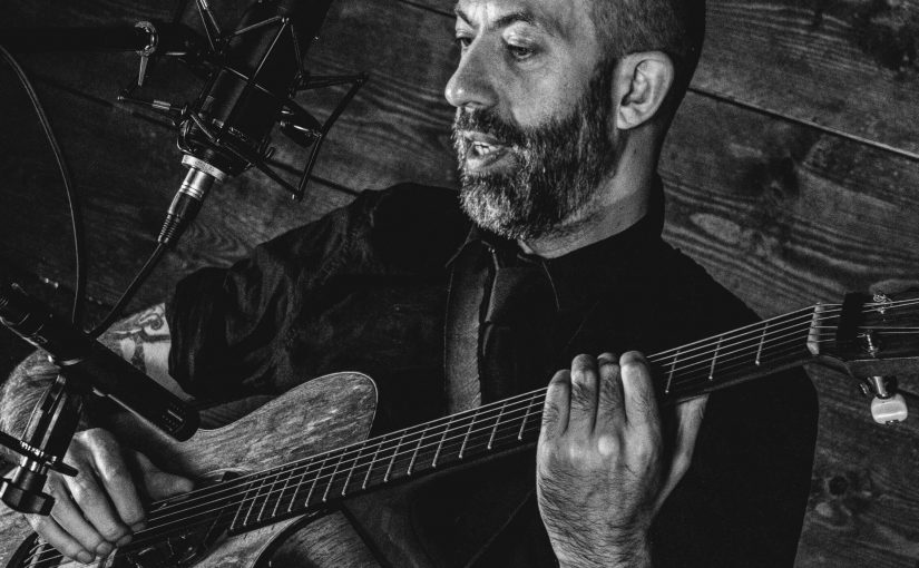 Jon Gomm Announces Run Of Social Distance Shows For 2020